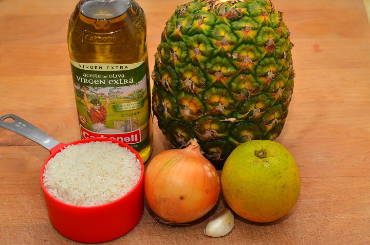 Компоненты для каши с ананасом.jpg