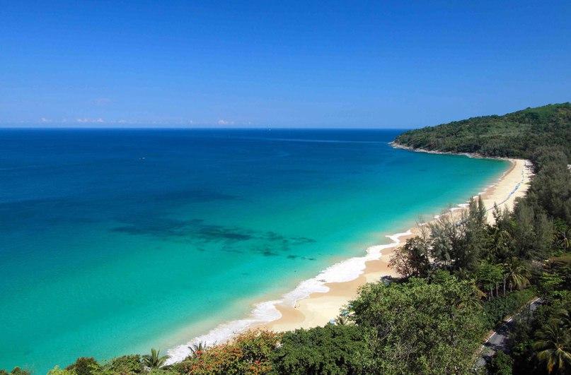 Найтон (Nai Thon Beach, тайск. Hat Nai Thon).jpg