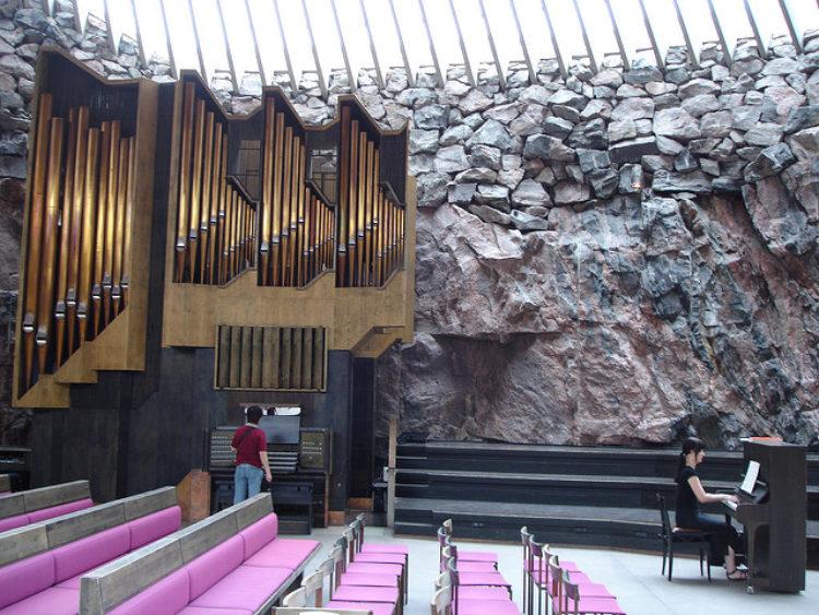 Helsinki-2-Temppeliaukio_Churchhttpswww.flickr.comphotoslyng883-e1506481863118.jpg