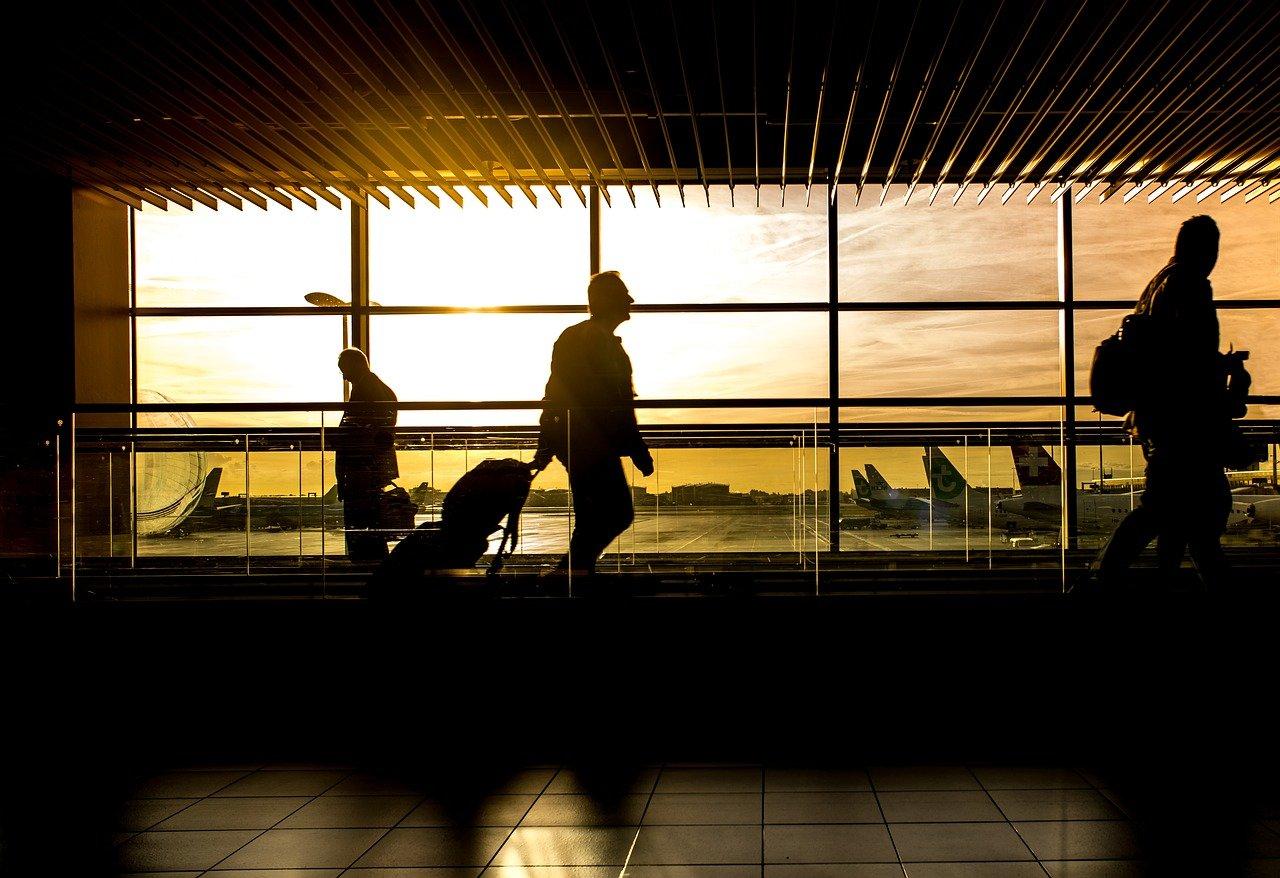 airport-1822133_1280.jpg